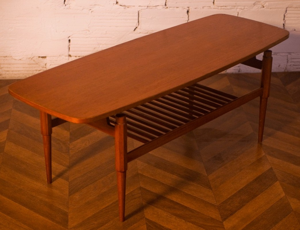 Vintage coffee table rectangular shape scandinavian for 60s style coffee table