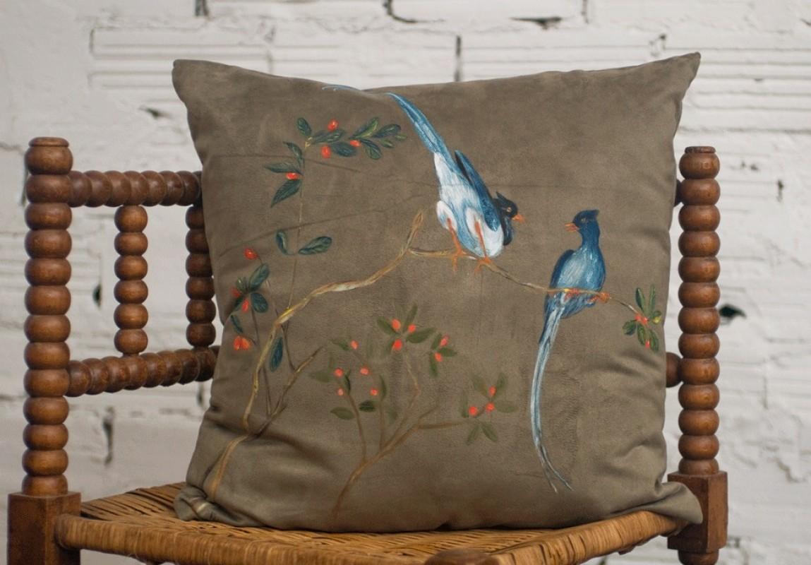 coussin artisanal fait main peint la main fid lie cardi d coratif su dine. Black Bedroom Furniture Sets. Home Design Ideas