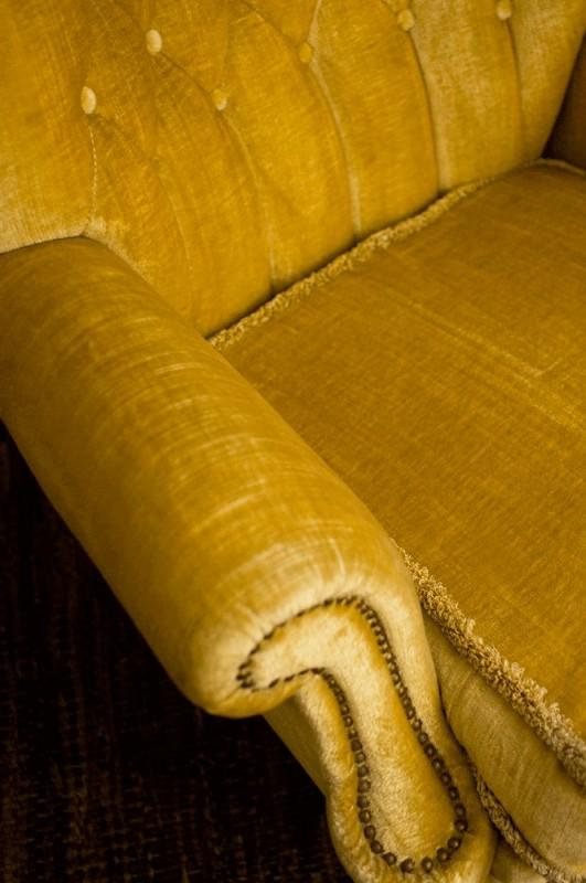 fauteuil vintage fauteuil anglais fauteuil velours. Black Bedroom Furniture Sets. Home Design Ideas