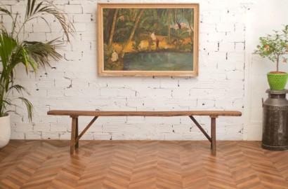 Long banc de ferme en bois