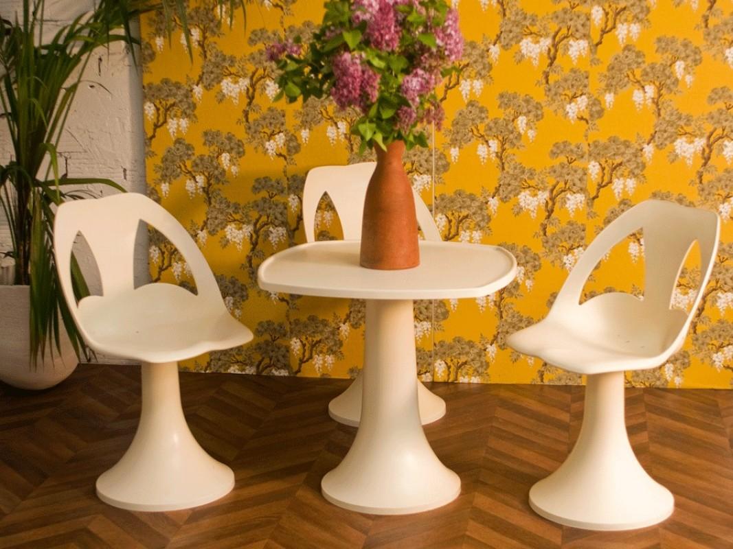 vintage 70s furniture. Ensemble Table Et Chaises Plastique 1970 Vintage 70s Furniture