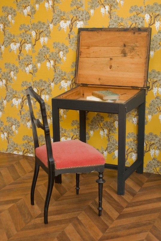 bureau bois noir pupitre ancien vintage poque napol on iii niii. Black Bedroom Furniture Sets. Home Design Ideas