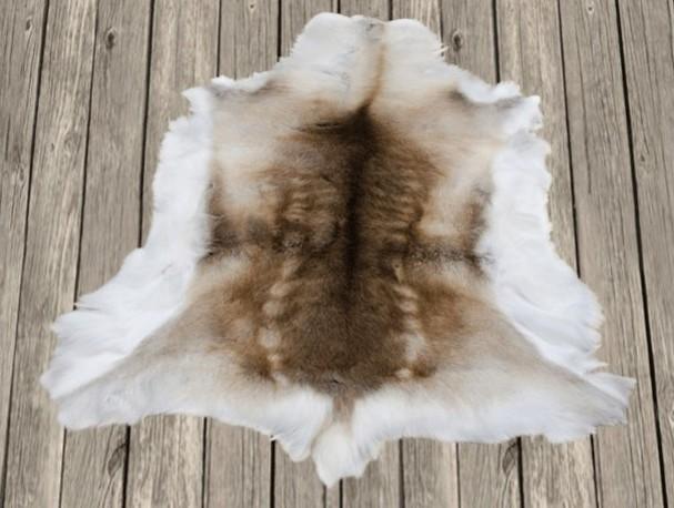 peau de rennes tapis peau de rennes peau de bte douce chaleureuse - Tapis Peau De Bete