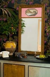 Miroir trumeau scène galante