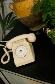 Téléphone vintage à cadran, 70-80s