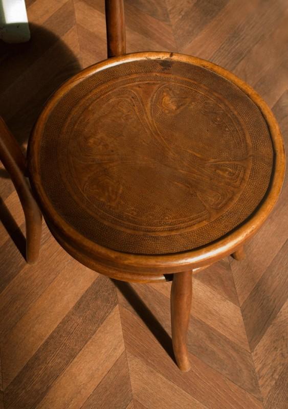 chaise thonet style thonet chaise de caf chaise bistrot bois gauffr chaise vintage. Black Bedroom Furniture Sets. Home Design Ideas