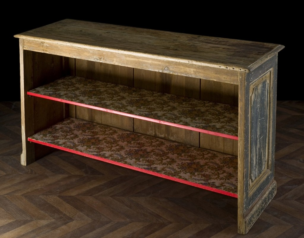 comptoir d 39 picerie avec tag res restylis es meuble. Black Bedroom Furniture Sets. Home Design Ideas