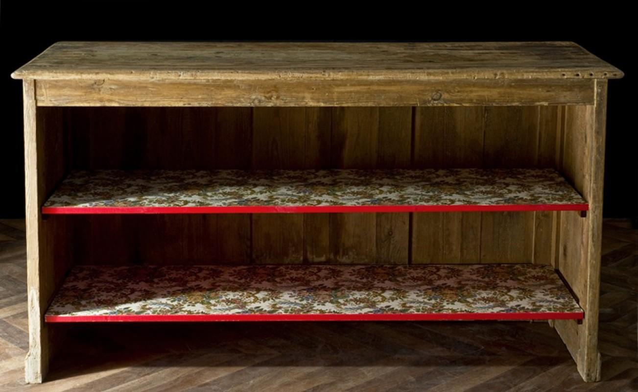 comptoir d 39 picerie avec tag res restylis es meuble ancien et vintage pour un int rieur. Black Bedroom Furniture Sets. Home Design Ideas