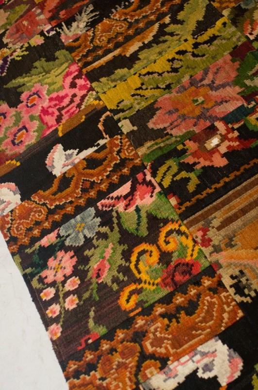 magnifique tapis kilim patchwork moldavie motifs. Black Bedroom Furniture Sets. Home Design Ideas