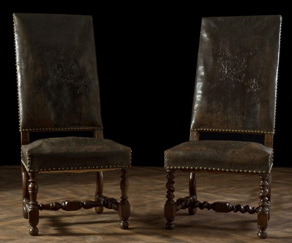 chaises anciennes fauteuils anciens louis xiii meubles anciens cuir meubles vintage et rare. Black Bedroom Furniture Sets. Home Design Ideas