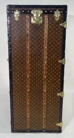 Malle Penderie Louis Vuitton