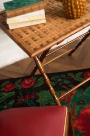 Table en rotin pliante