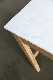 """Table """"Marble"""""""