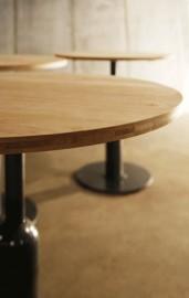 """Table Ronde """"Piston"""" Chêne"""