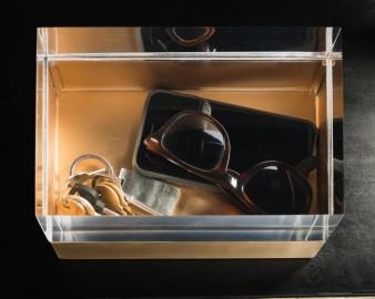 Boite acrylique et laiton