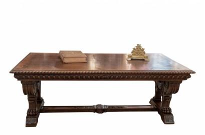 Renaissance Table