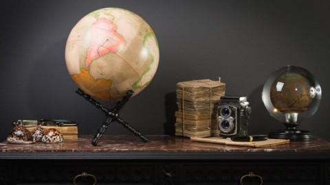 Globe Terrestre GM Rose et Vert Pâle