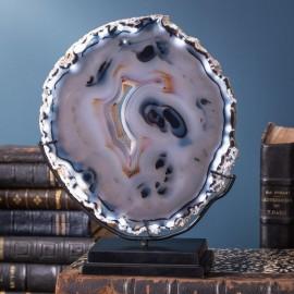 Tranche d'Agate bleutée sur socle noir