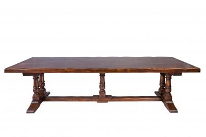 Ermitage Custom Oak Dining Table