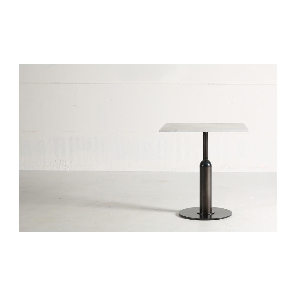 Table-Guéridon Piston réalisé en marbre blanc de Carrare