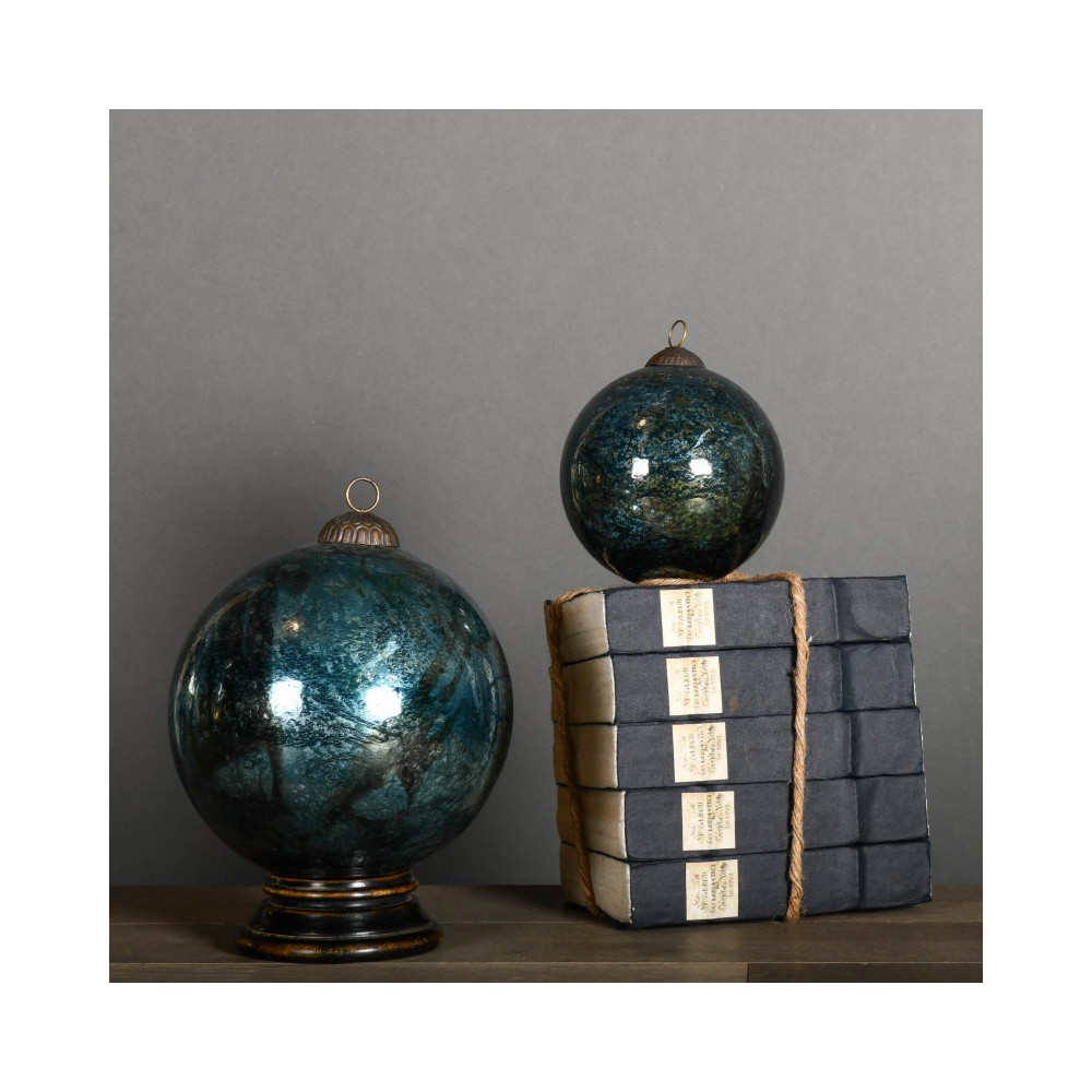 Christmas Balls in Cracked Glass as in the 19th century