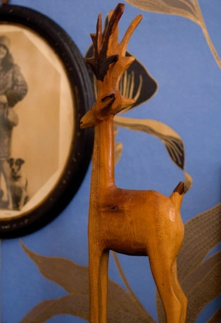 Petit Renne sculpté en bois