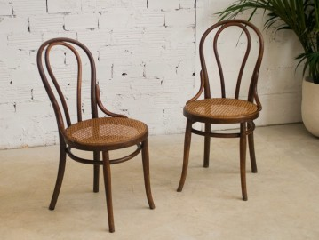 Chaises bistrot anciennes Thonet