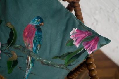 Coussin décoratif en suédine