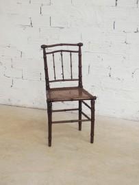 "Chaise ""Violon"""