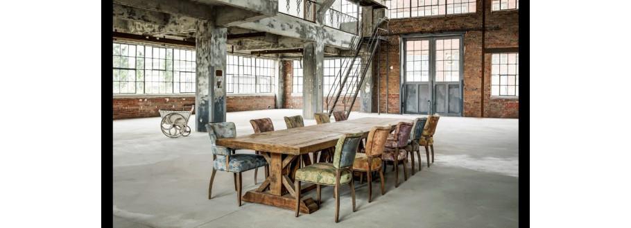 Factory : Décoration industrielle et grande table de ferme